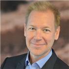 Tony Lindström