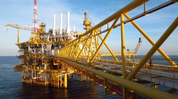 Key LNG projects line up ECA financing