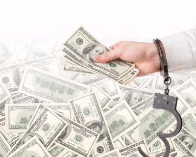 MET Group breaks collateral bonds