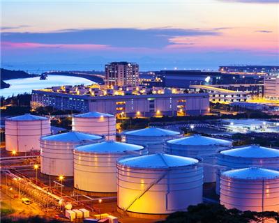 Trafigura sees strong bank demand for US borrowing base facility