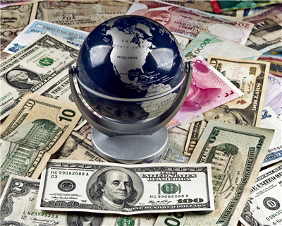 Global trade set for bumper 2016, says HSBC