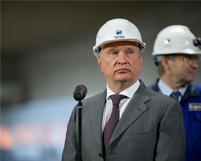 Rosneft's Sechin takes aim at OPEC and West