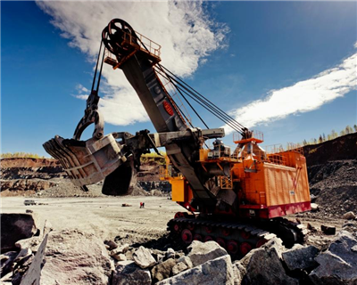 Evraz secures mining funds through VTB Bank