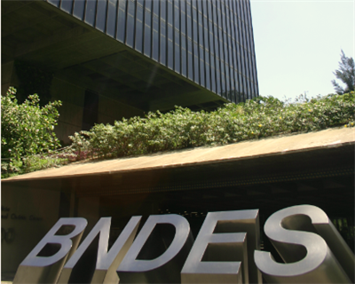 Brazilian government slims down BNDES to aid private lenders